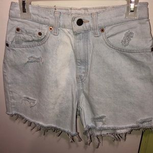 Vintage levi shorts distressed faded!